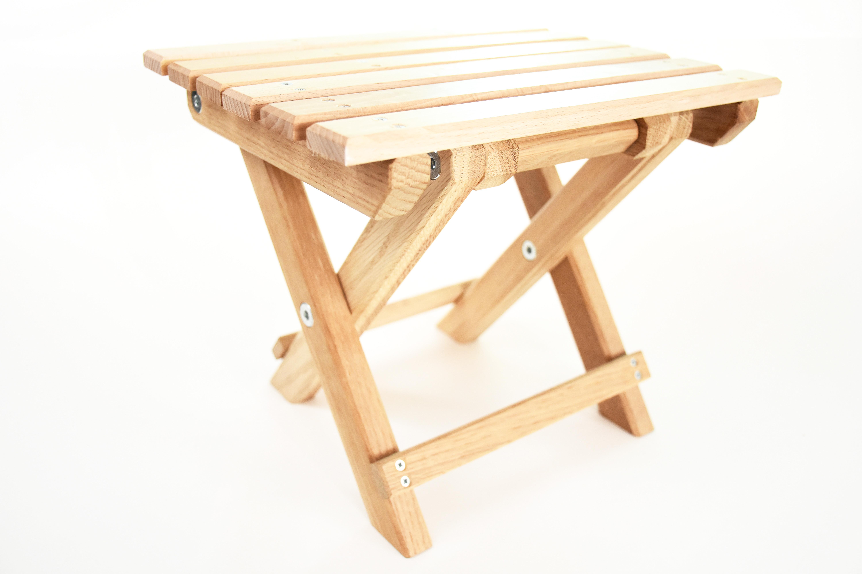 Oak tree wood folding chair